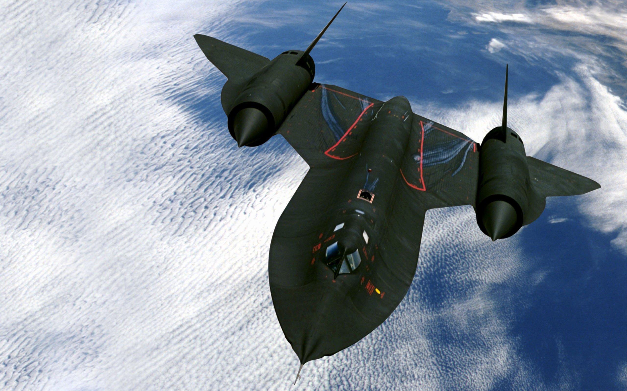 Американский гиперзвуковой разведчик SR-71._833410497