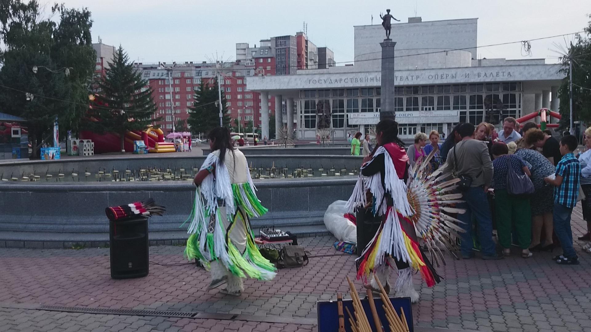 Красноярск Южноамериканские музыканты. 8.08.2015 года