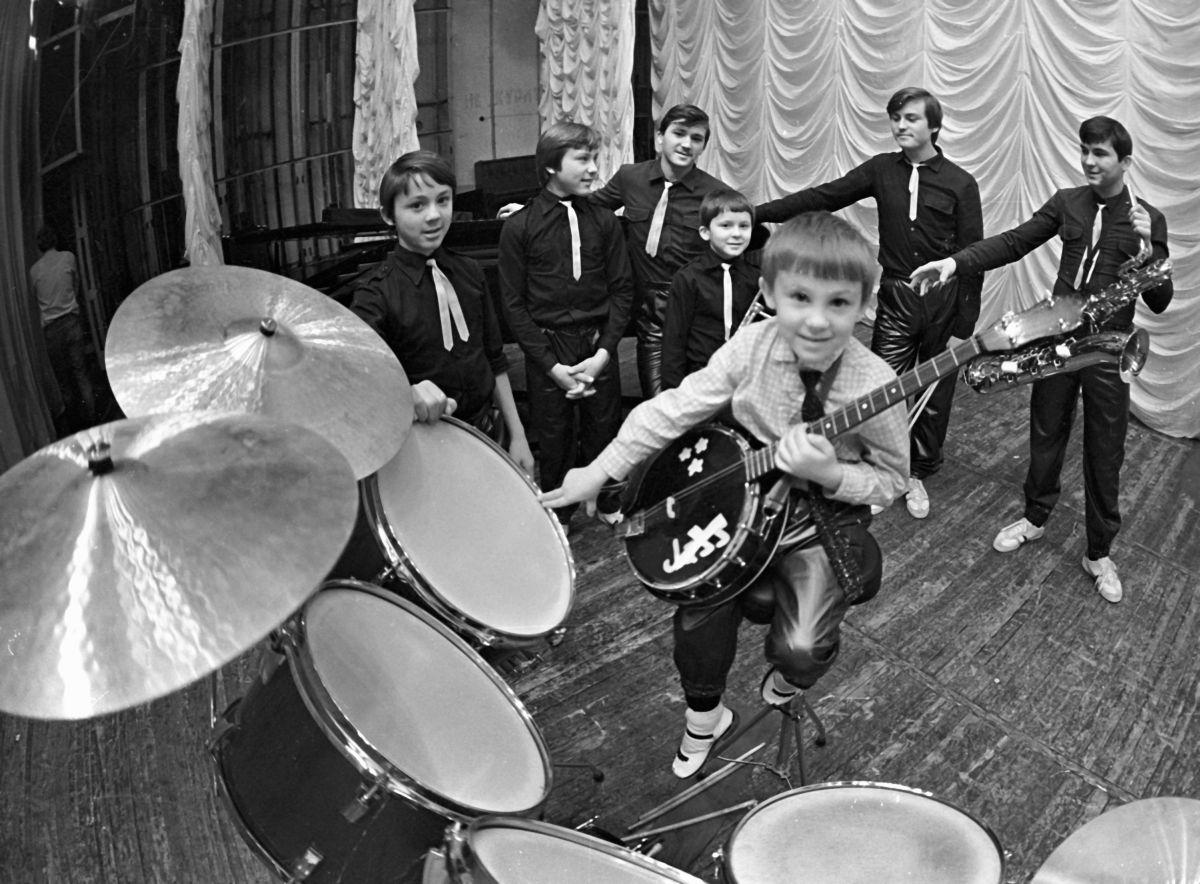 Овечкины Семь Симеонов Все семь братьев на репетиции