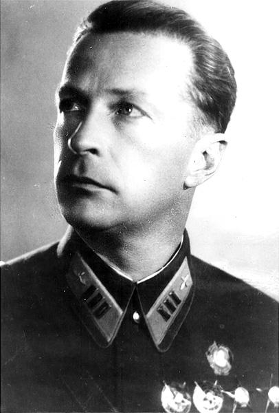 Михаил Михайлович Громов в начале войны