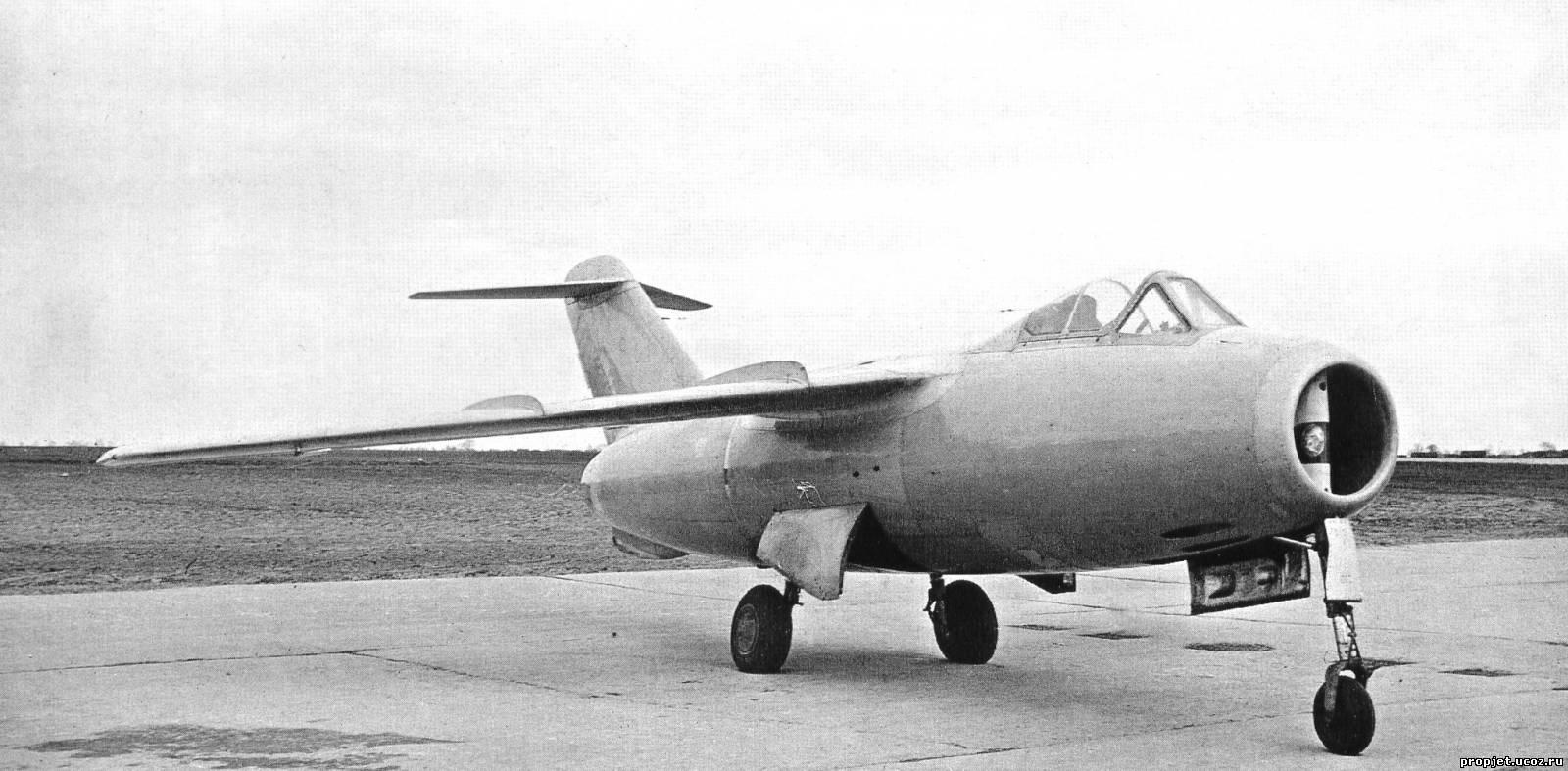 Первый советский сверхзвуковой самолёт Ла-176