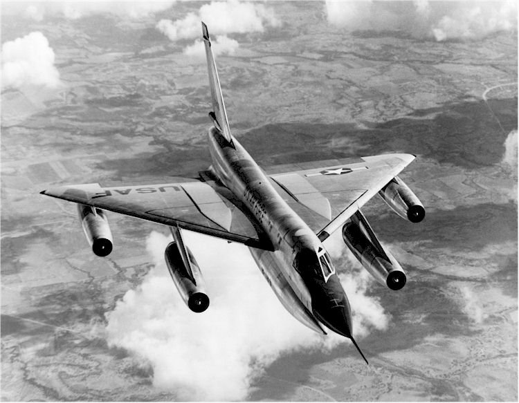 Американский первый в мире сверхзвуковой стратегический бомбардировщик В-58 Hustler обладавший ДВУМЯ скоростями звука