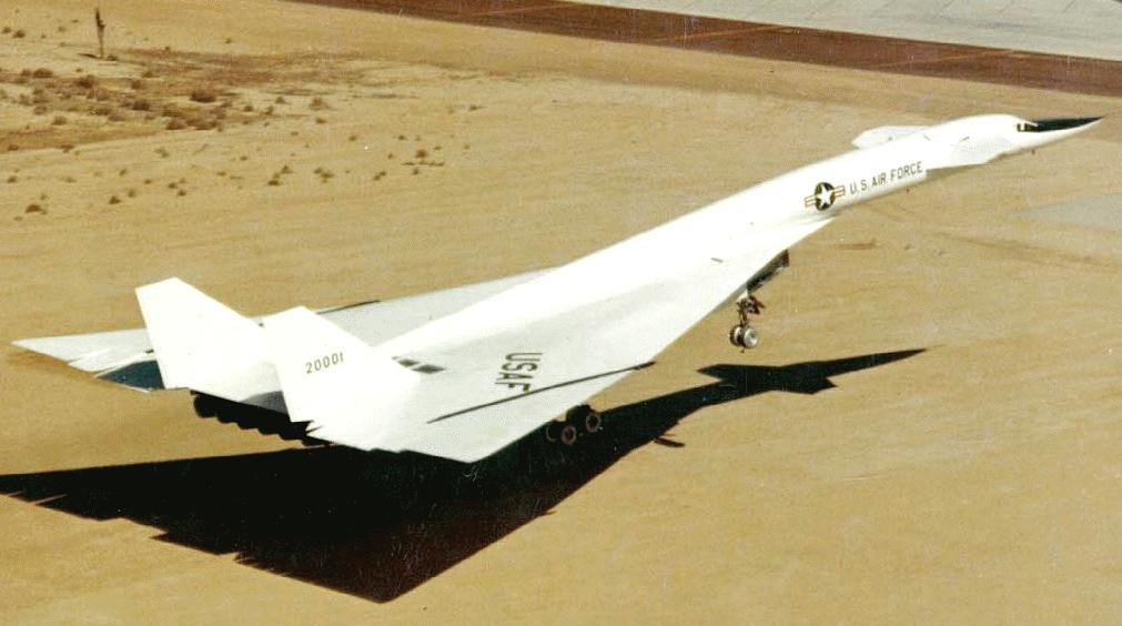 Американский сверхзвуковой стратегический бомбардировщик XB-70 Valkyrie Самолёт обладал ТРЕМЯ скоростями звука