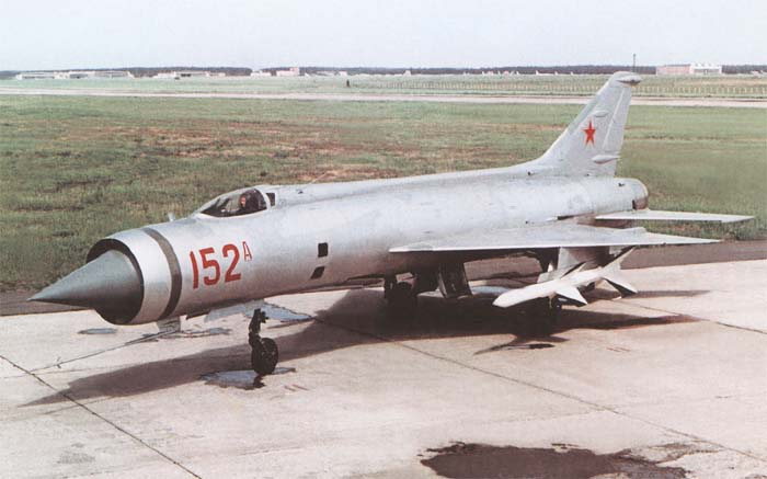 Экспериментальный истребитель-перехватчик КБ Микояна E-152А