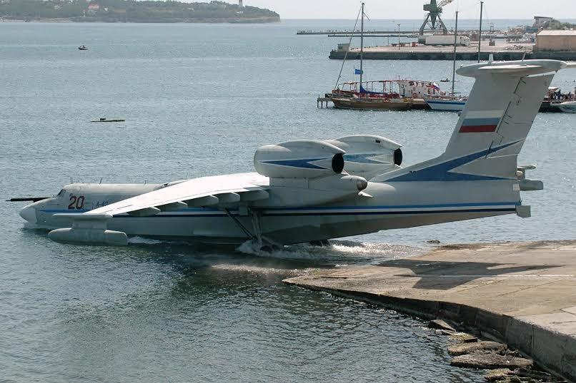 Советский самолёт-амфибия А40 Альбатрос Въезд в воду с берега