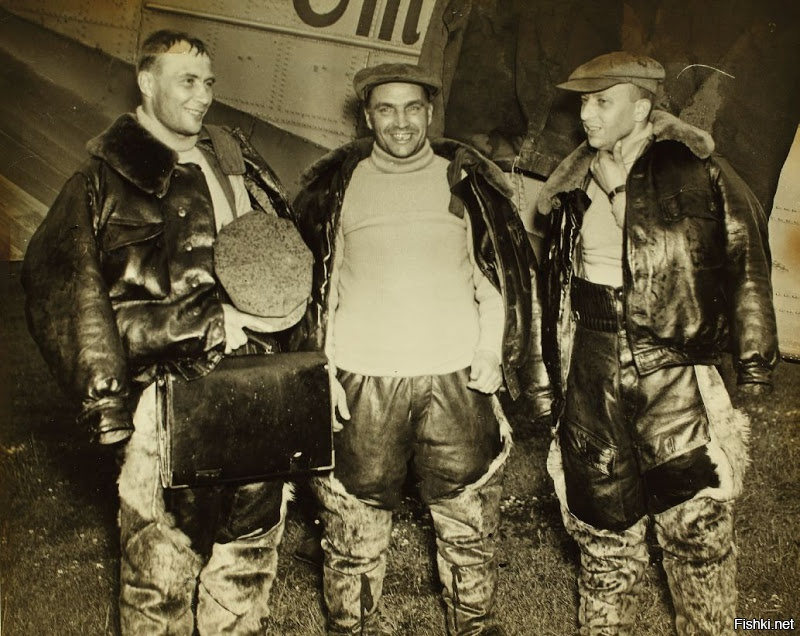 Экипаж Валерия Павловича Чкалова после перелёта в Америку