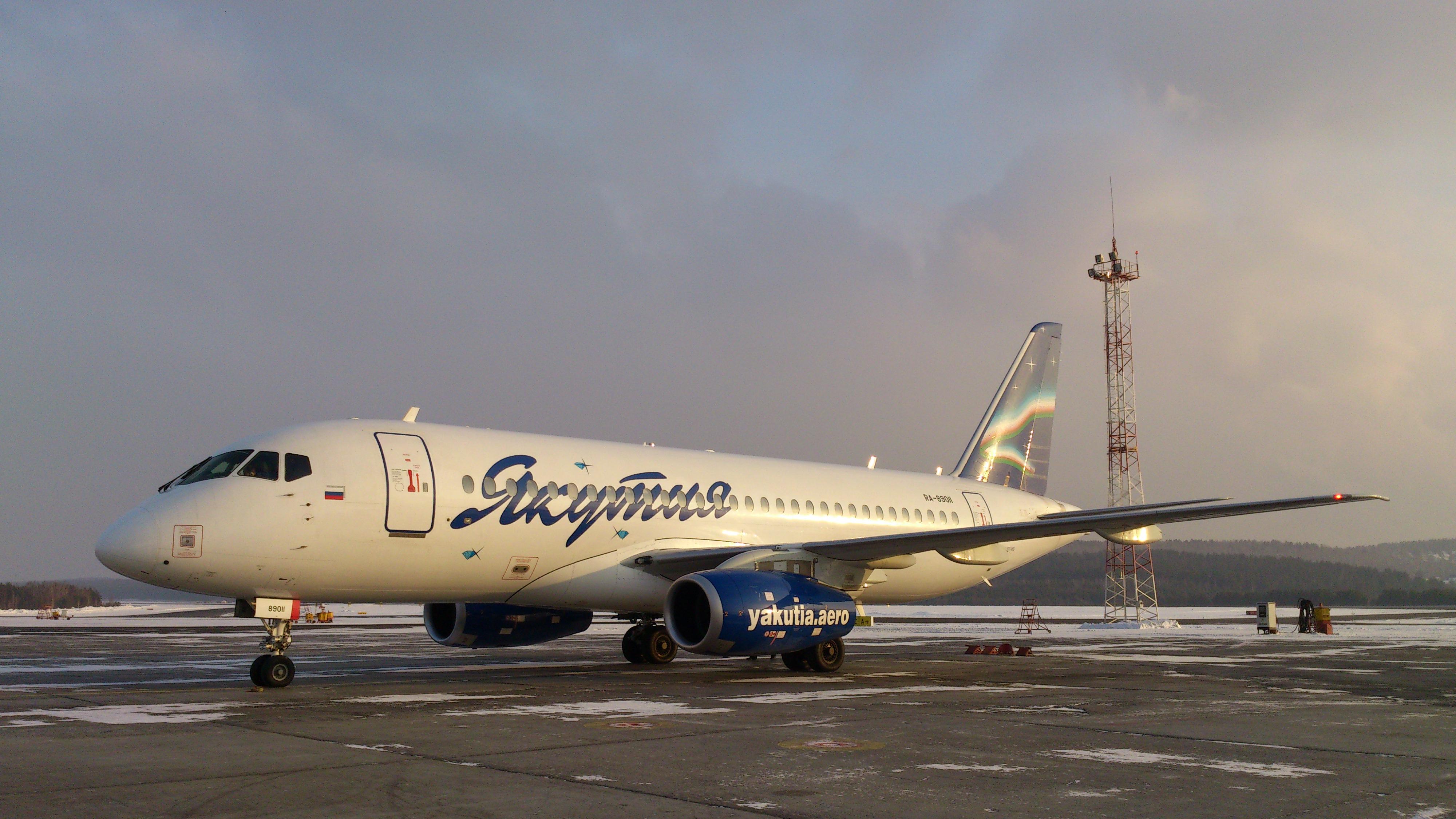 Красноярск Самолёт Сухой Супер Джет-100. SSJ - 100._4.03.2014г