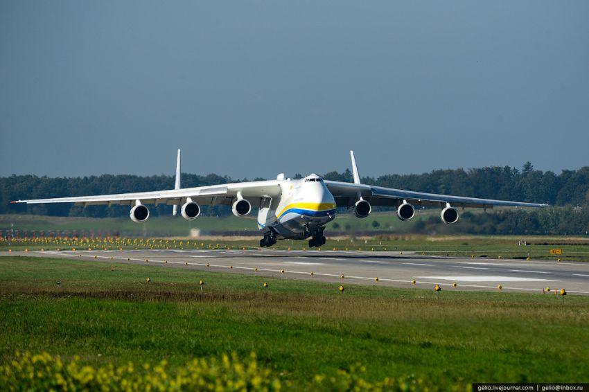 Ан- 225 Мрия Посадка