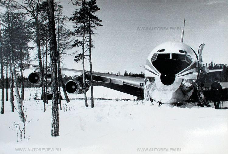 Боинг в Карелии Посадка на замёрзшее озеро Корпиярви после попадания ракеты