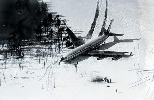 Принудительная посадка Корейского Боинга 707 в 1978г. в Карелии на озеро Корпиярви