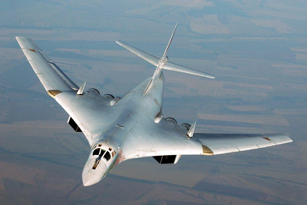 Ту-160 с увеличенной стреловидностью крыльев
