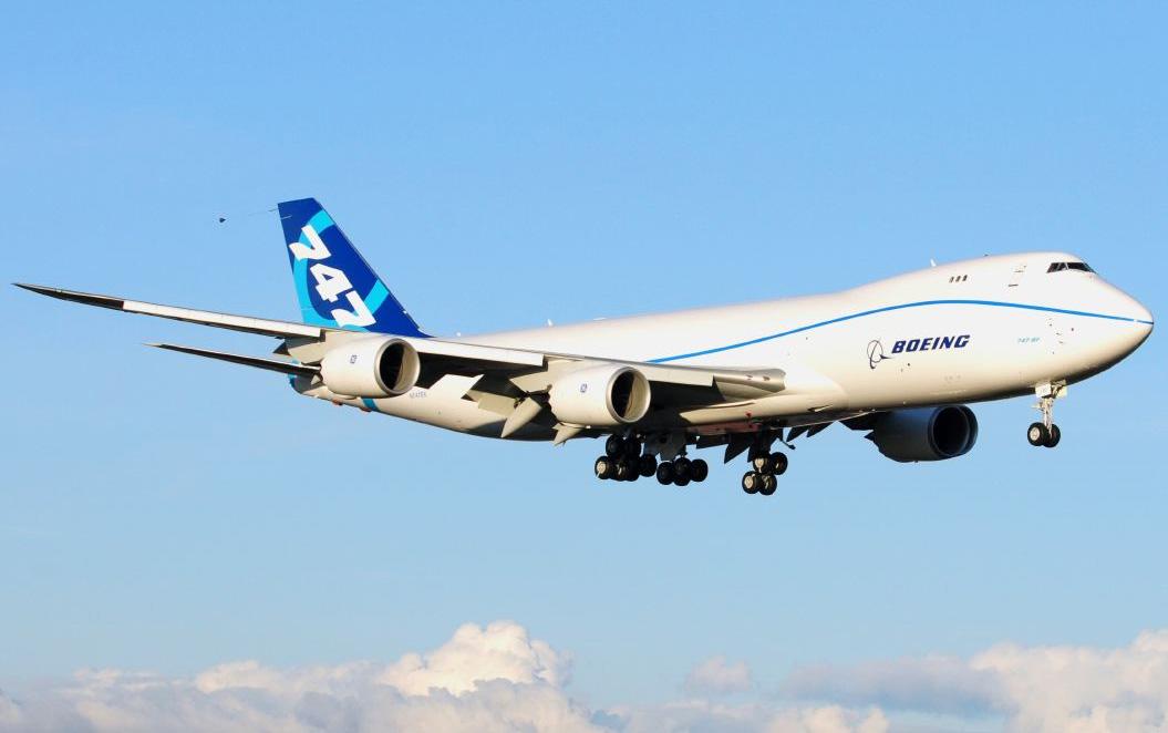Боинг 747-800 Посадка