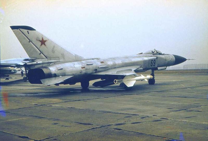 Советский истребитель Су-15 Такой истребитель сбил Корейский Боинг в 1983-м году