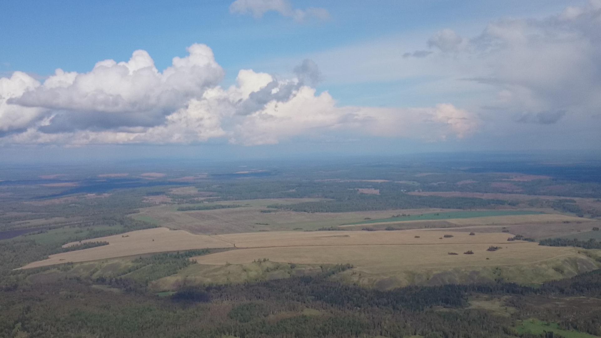 Красноярск Аэродром ДОСААФ Манский Панорама снятая при приземлении на парашюте Лесник. 6.09.2015 года