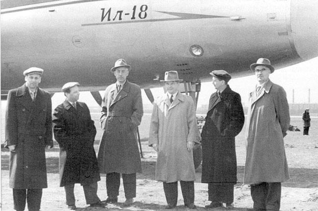 Сергей Владимирович Ильюшин авиационными конструкторами