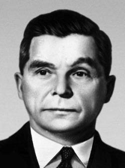 Сергей Владимирович Ильюшин прославленный авиаконструктор