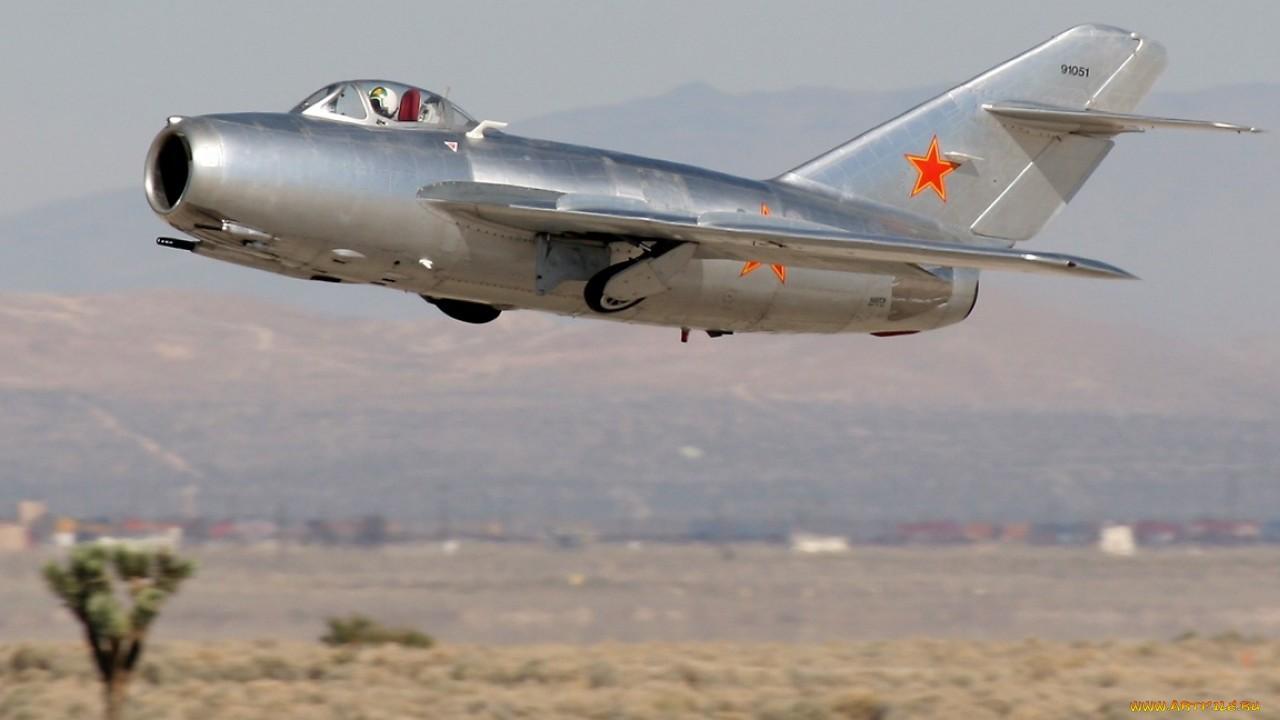 МиГ-15 истребитель известный под именем самолёт-солдат