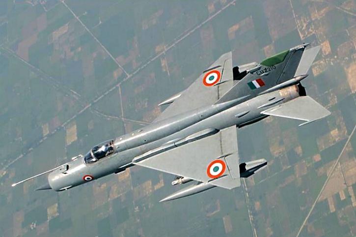 МиГ-21 с флагом Италии на хвосте