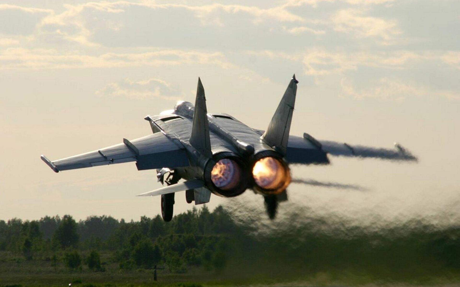 МиГ-25 Взлёт