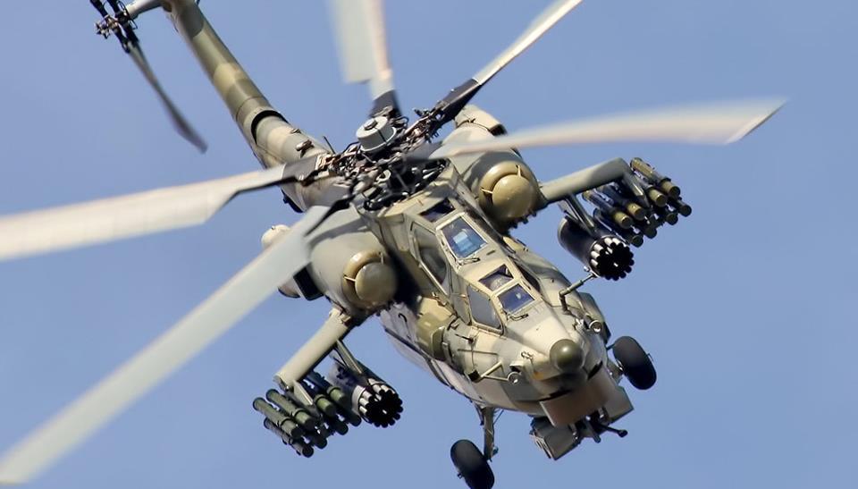 Вертолёт КБ Михаила Леонтьевича Миля Ми-28Н с полным вооружением