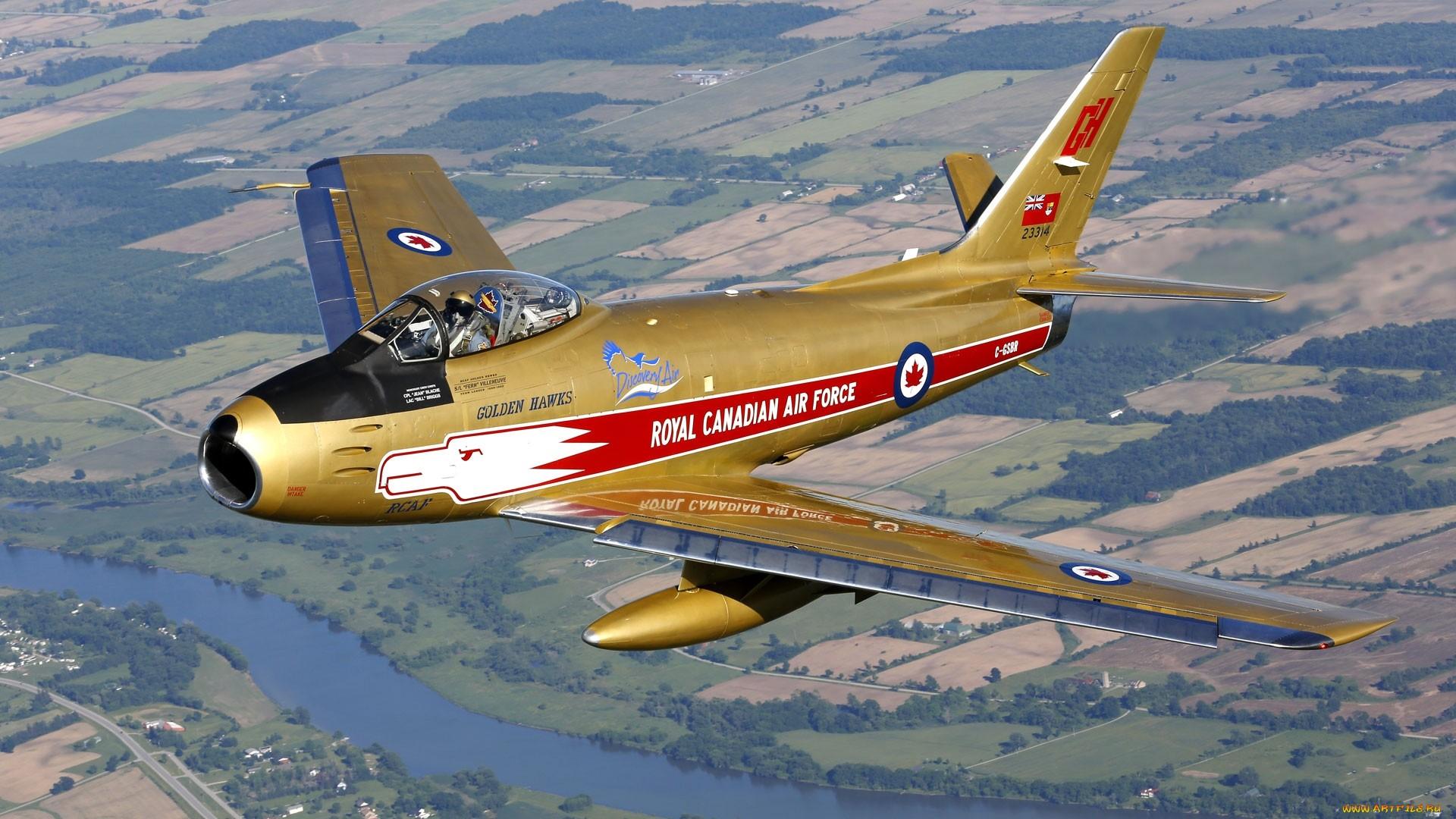 Американский истребитель F-86 Сэйбр Главный соперник МиГ-15 в корейской войне Данный самолёт принадлежит ВВС Канады