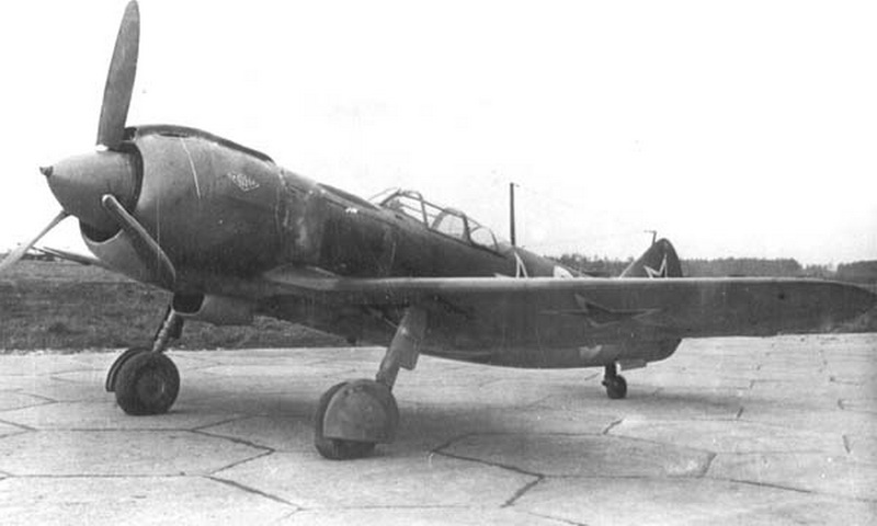Истребитель Ла-5 На таком типе истребителя начинал воевать Иван Никитович Кожедуб