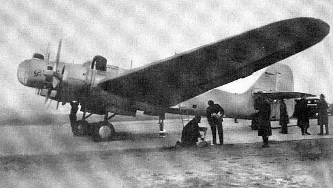 ДБ-2 в разработке которого главную роль принимал Павел Осипович Сухой