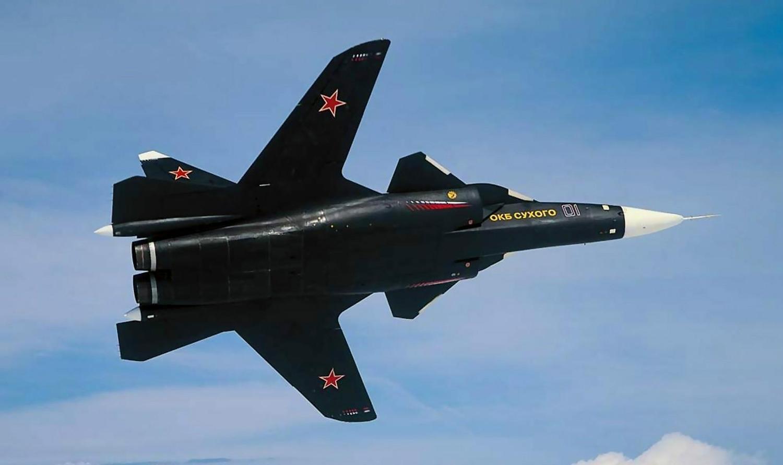 Самолёт КБ Павла Осиповича Сухого Су-47 с обратной стреловидностью крыла на взлёте