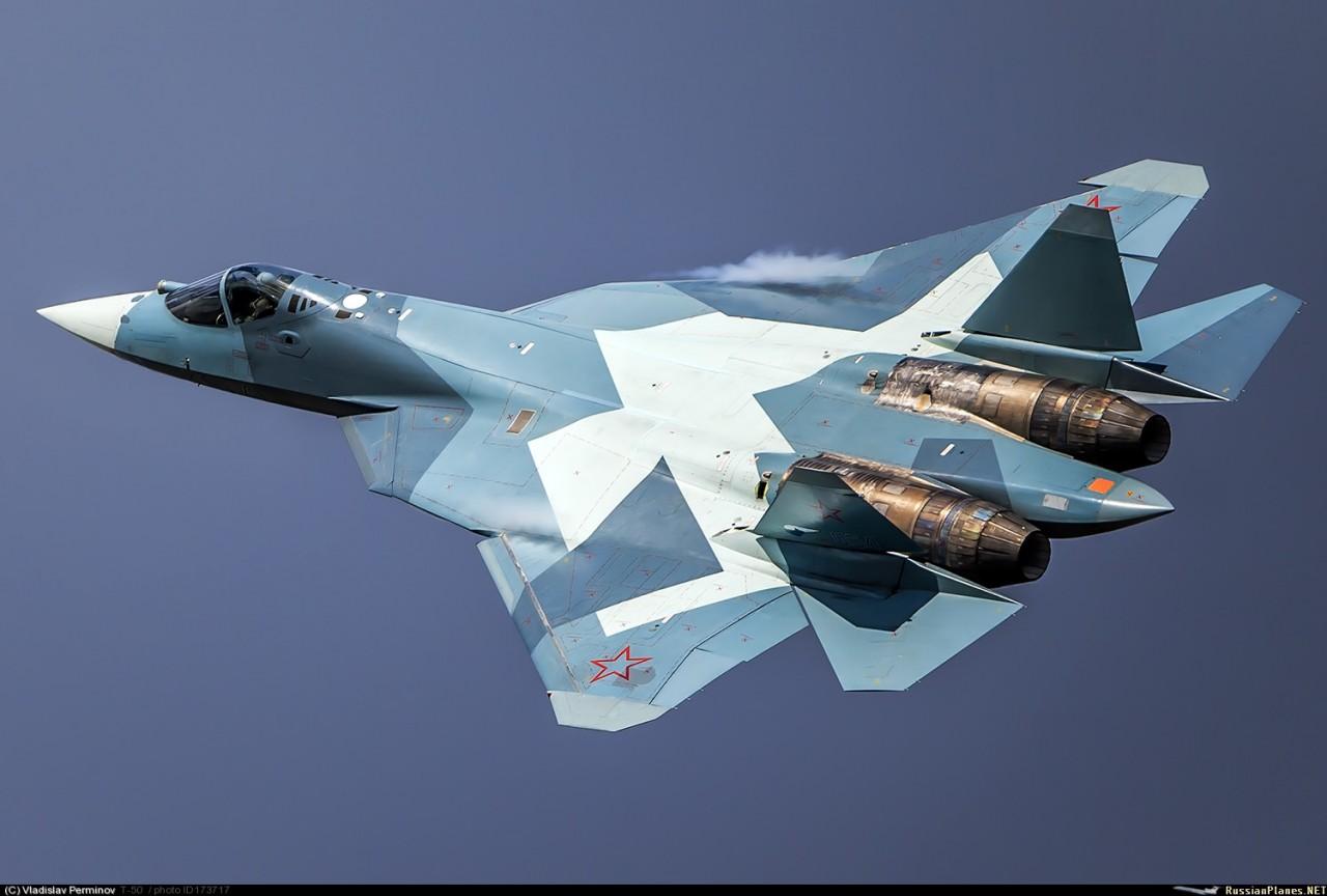 Самолёт КБ Павла Осиповича Сухого Т-50 ПАК ФА