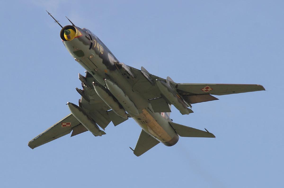 Самолёт Павла Осиповича Сухого Су-17 с изменяемой стреловидностью крыла