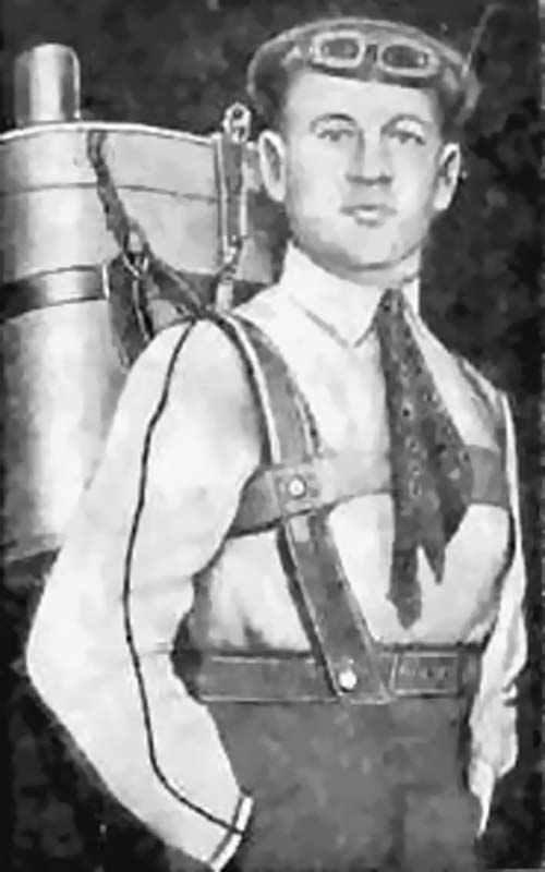 Глеб Евгеньевич Котельников со своим ранцевым парашютом