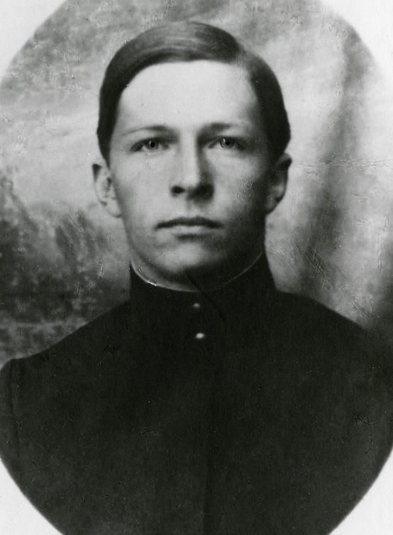 Михаил Михайлович Громов в юношестве