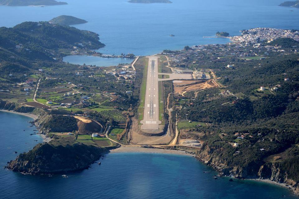Аэропорт Скиатос (Skiathos) в Греции