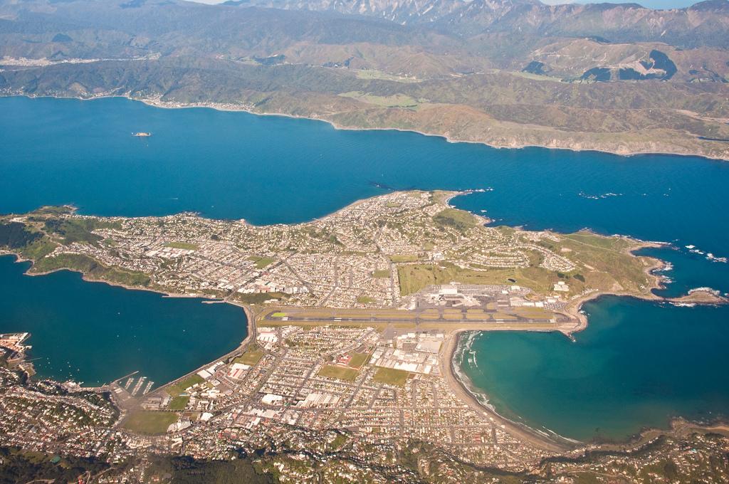 Аэропорт Веллингтон в Новой Зеландии (Wellington International Airport in New Zealand)