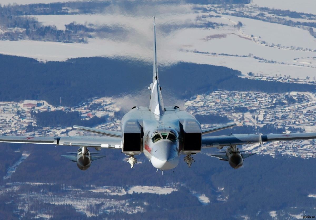 Ту-22М3 с ракетным вооружением